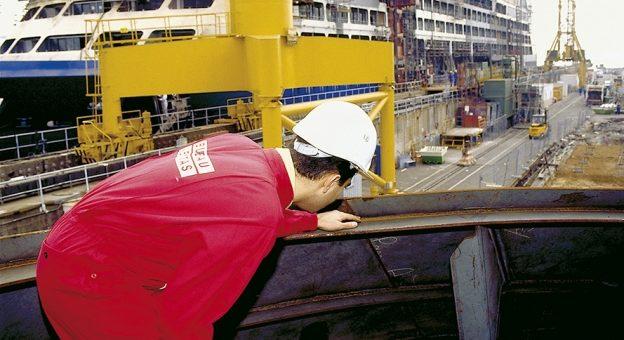 Comment devenir Ingénieur / Ingénieure En Construction Navale ?